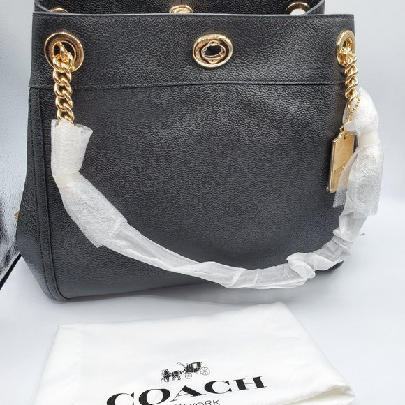 COACH Women's Turnlock Edie LI/Black Shoulder Bag